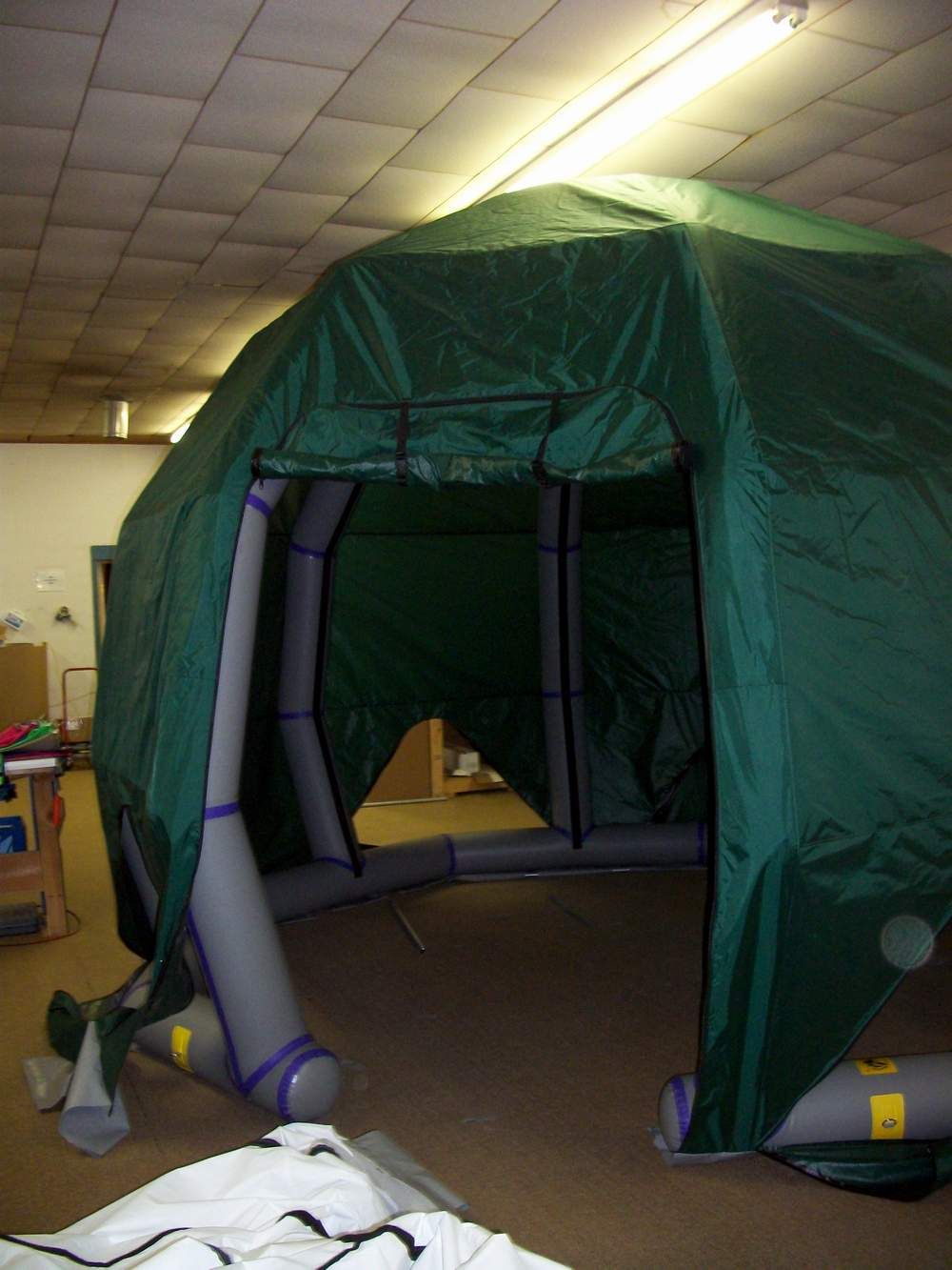 The tent floor is 12 X 12 feet across in an octogon and sits on the trailer ... & Inflatable tent structures from Jacku0027s Plastic Welding